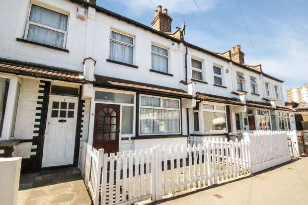 3 Bedrooms Terraced House for sale in Crowland Road, Thornton Heath, Surrey, CR7 8RP