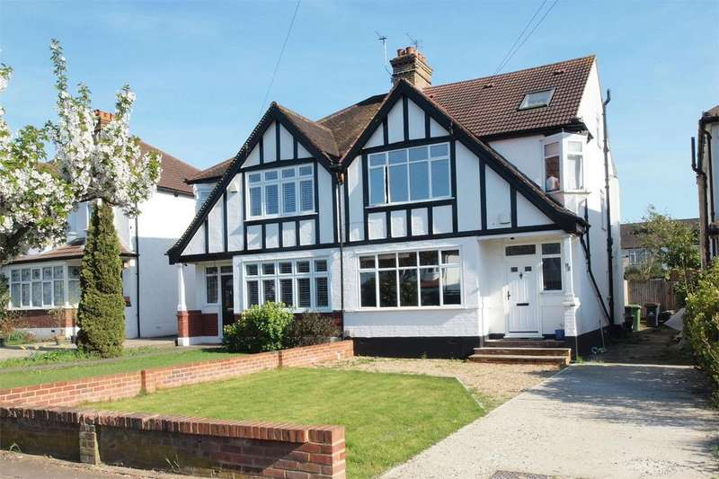 4 Bedrooms Semi Detached House for sale in Wickham Chase, West Wickham, Kent