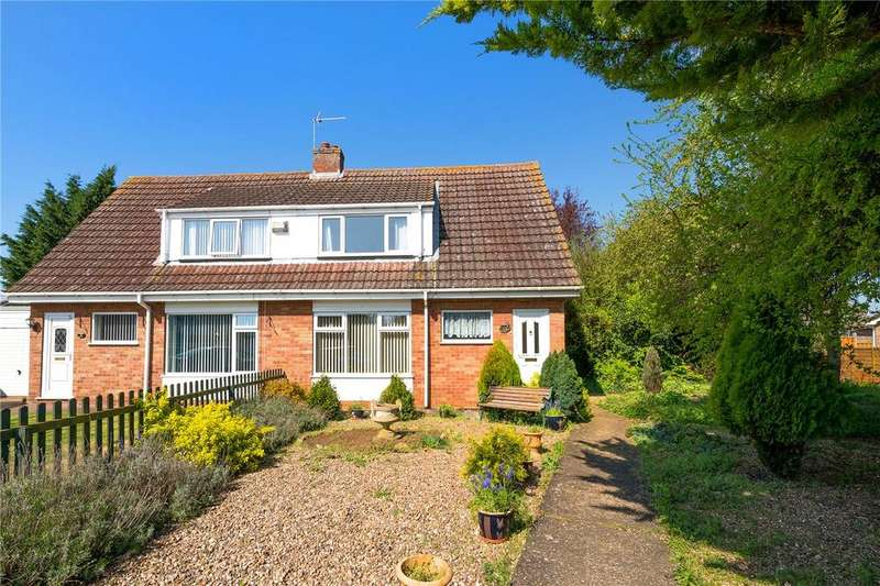 3 Bedrooms Semi Detached House for sale in Ripon Drive, Sleaford, Lincolnshire, NG34