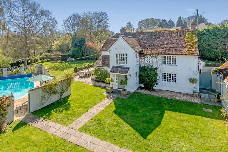 5 Bedrooms Detached House for sale in Upper Clatford, Andover, Hampshire