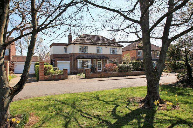 4 Bedrooms Detached House for sale in Yarm Road, Eaglescliffe TS16 9BJ