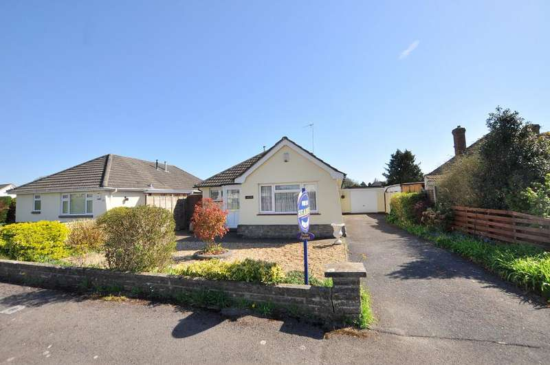 3 Bedrooms Detached Bungalow for sale in Mayfield Drive, Ferndown