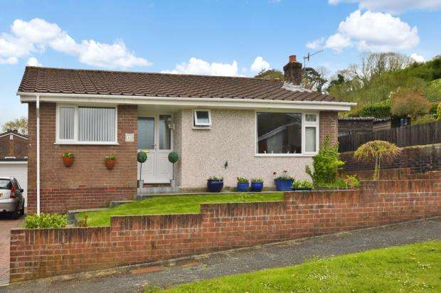 3 Bedrooms Detached Bungalow for sale in Burniston Close, Plymouth, Devon