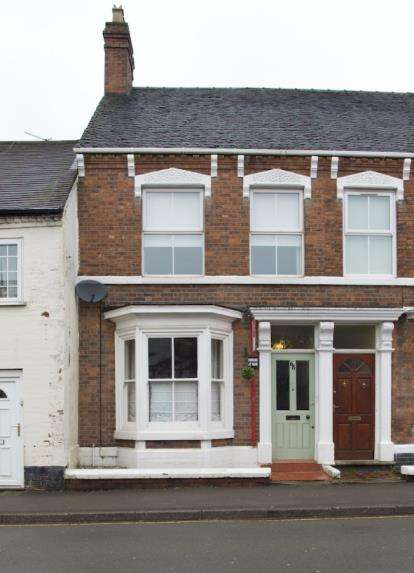 3 Bedrooms Terraced House for sale in Shropshire Street, Market Drayton, Shropshire