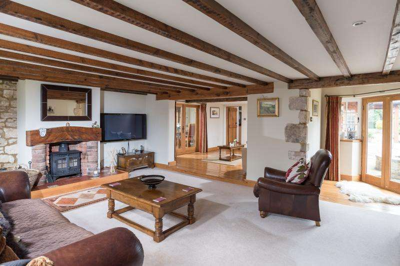 5 Bedrooms Cottage House for sale in TROWBRIDGE