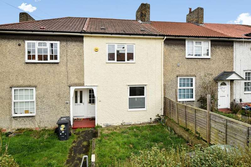2 Bedrooms Terraced House for sale in Camlan Road Bromley BR1