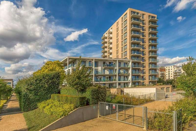 2 Bedrooms Apartment Flat for sale in Waterside Heights, E16