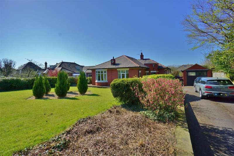 3 Bedrooms Detached Bungalow for sale in Chatburn Road, Clitheroe