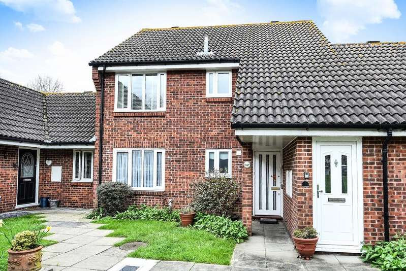 1 Bedroom Flat for sale in Sycamore Close Eltham SE9
