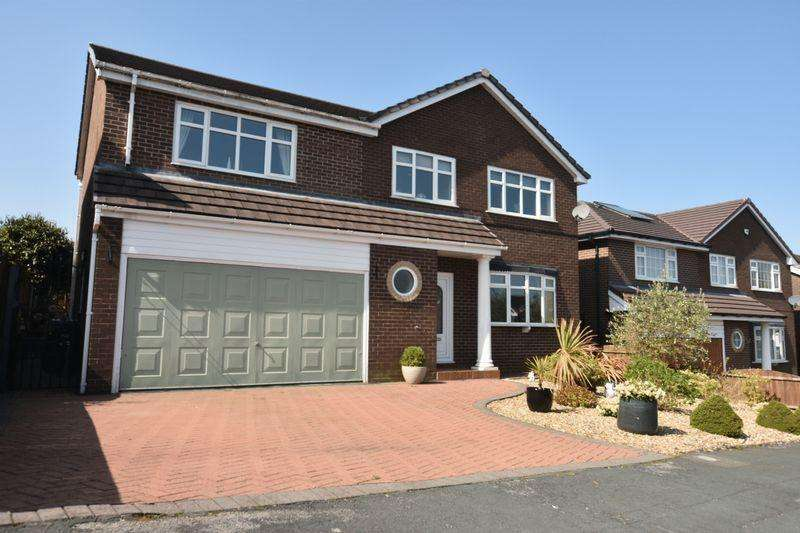 4 Bedrooms Detached House for sale in Kilworth Drive, Lostock, BL6. BEAUTIFUL DETACHED FAMILY HOME, NO CHAIN