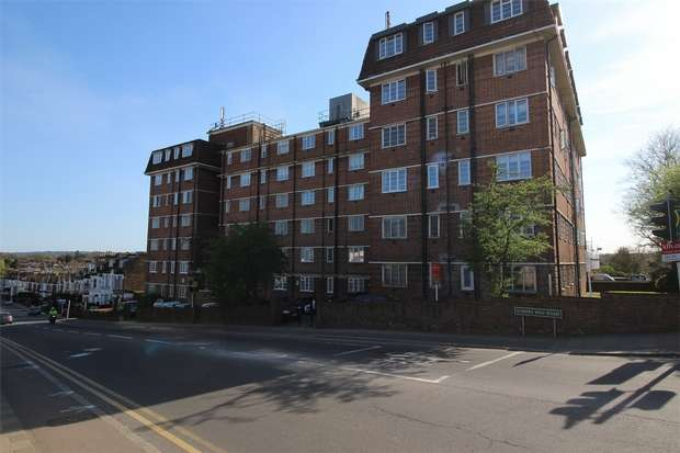2 Bedrooms Flat for sale in Sherborne Court, Elmers End Road, Anerley, London