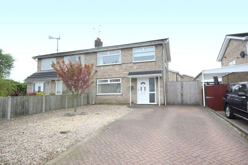 3 Bedrooms Semi Detached House for sale in Borrowdale Drive, Norwich, NR1