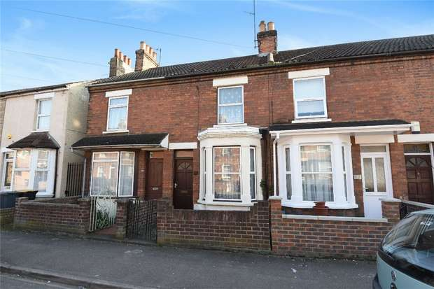 3 Bedrooms Terraced House for sale in College Road, Bedford