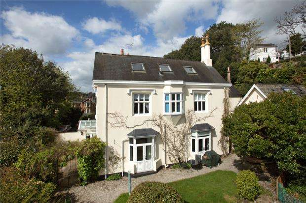 5 Bedrooms Semi Detached House for sale in Rundle Road, Newton Abbot, Devon