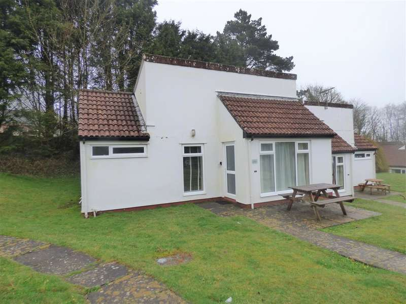 3 Bedrooms Bungalow for sale in Manorcombe Bungalows, Honicombe Manor, Gunnislake