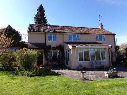 4 Bedrooms Detached House for sale in Hinton St George, Somerset