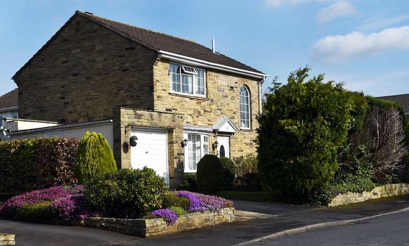 3 Bedrooms Detached House for sale in Marston Way, Wetherby, LS22