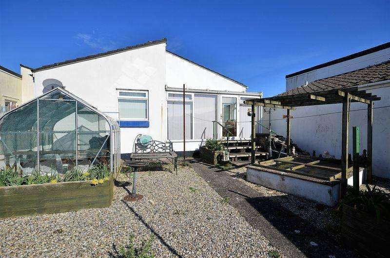 3 Bedrooms Bungalow for sale in PILLAR AVENUE BRIXHAM