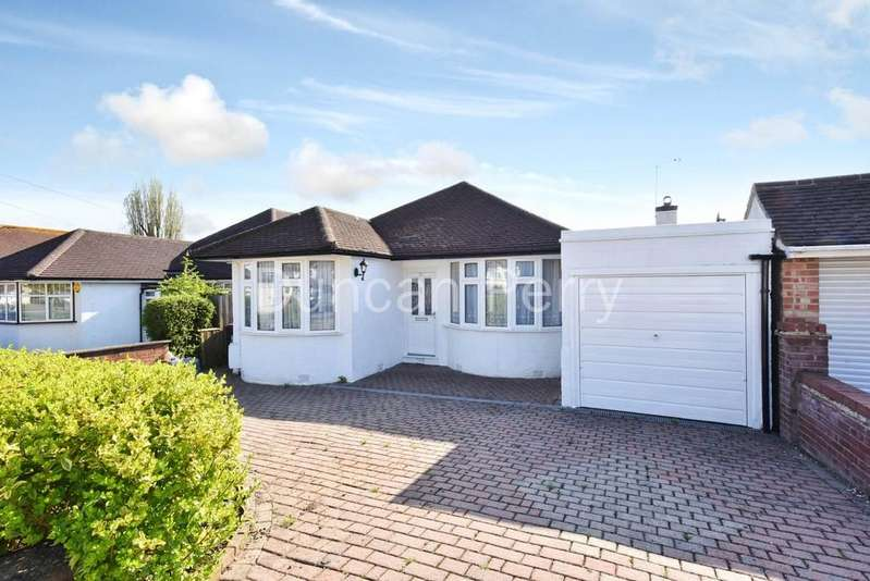 3 Bedrooms Detached Bungalow for sale in Sunnybank, Potters Bar