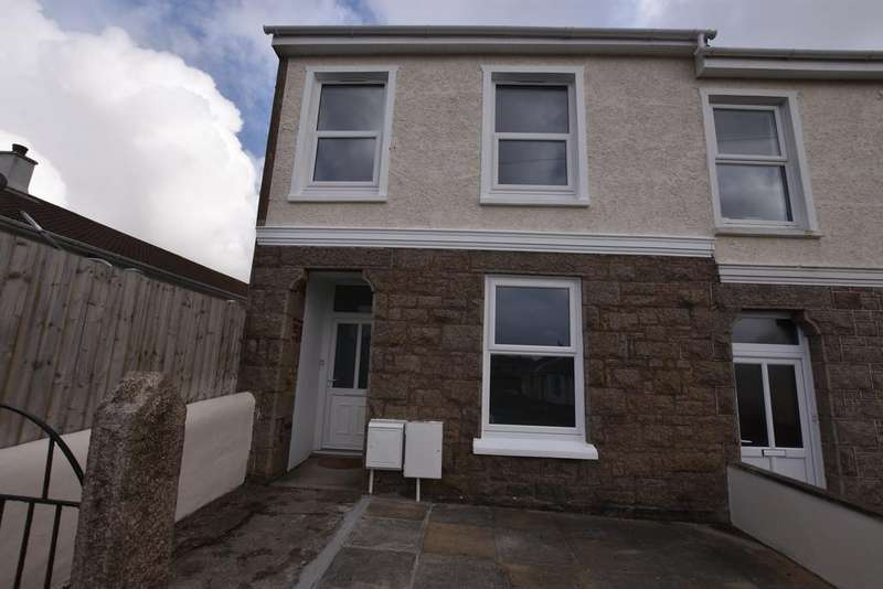 3 Bedrooms End Of Terrace House for sale in Coronation Road, Redruth TR15