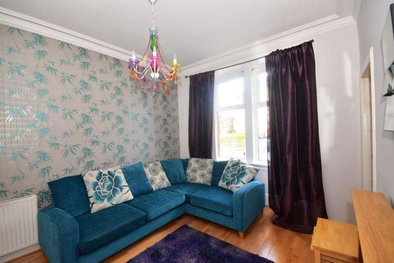 1 Bedroom Ground Flat for sale in 2/1 St Clair Place, Edinburgh, EH6 8JZ
