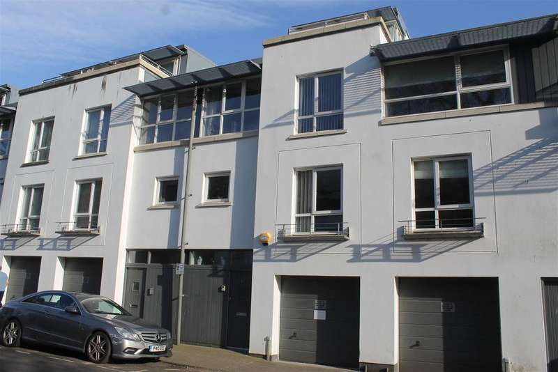 4 Bedrooms Town House for sale in Princess Victoria Street, Bristol