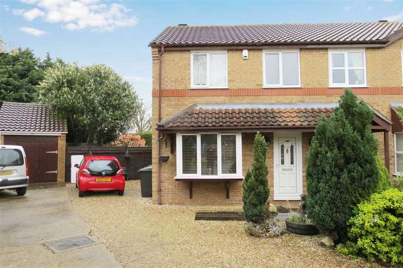 3 Bedrooms Semi Detached House for sale in Ingledew Close, Heckington
