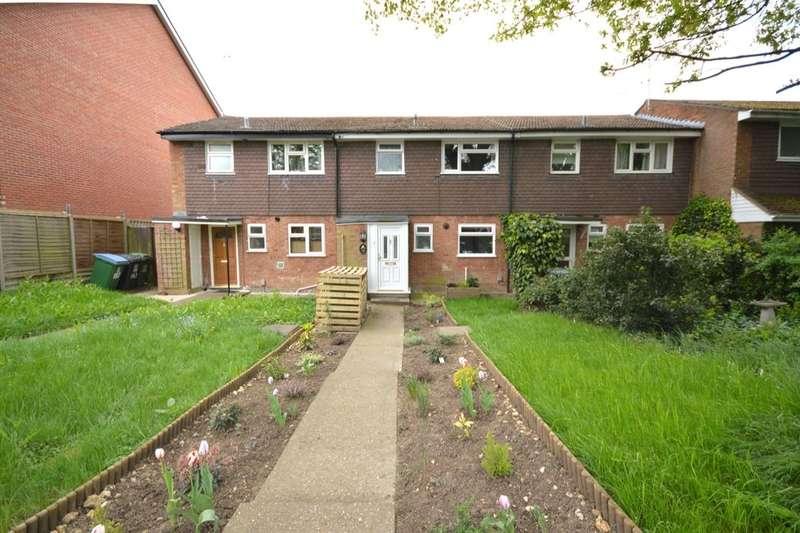 3 Bedrooms Property for sale in Hagden Lane, Watford, WD18