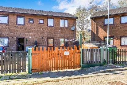 3 Bedrooms Semi Detached House for sale in Aldcliffe Court, Morecambe, Lancashire, United Kingdom, LA4