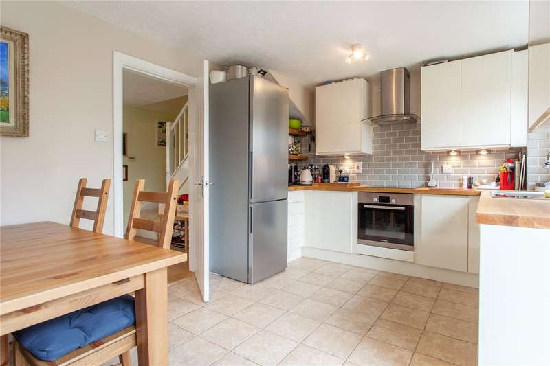 2 Bedrooms Terraced House for sale in East Park Farm Drive, Charvil, Berkshire, RG10