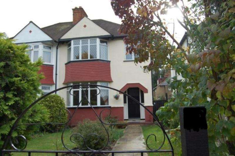 3 Bedrooms Semi Detached House for rent in Purley, Surrey