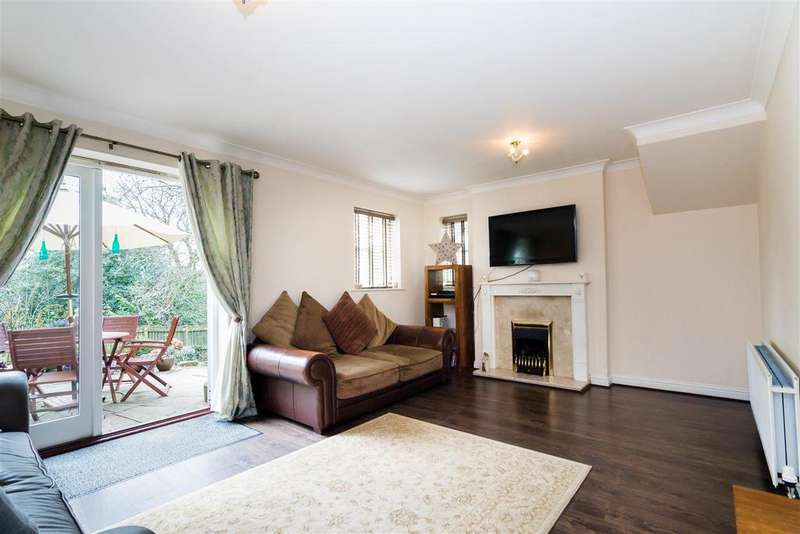 3 Bedrooms House for sale in Snaith Wood Mews, Rawdon, Leeds