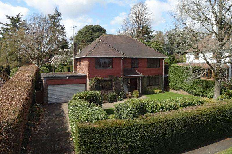 4 Bedrooms Detached House for sale in Brenchley