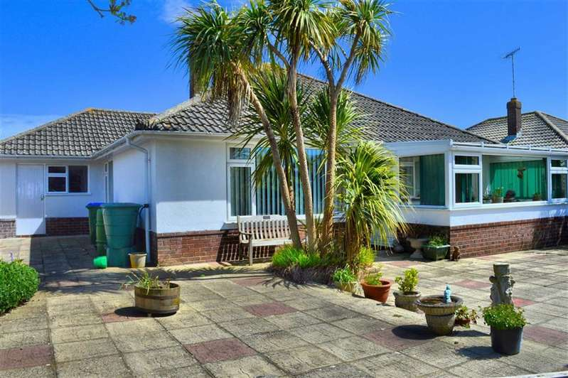3 Bedrooms Detached Bungalow for sale in North Way, Seaford, East Sussex