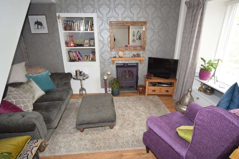 2 Bedrooms Terraced House for sale in Cavendish Street, Dalton-in-Furness, LA15 8SP
