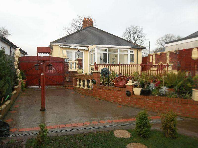 2 Bedrooms Bungalow for sale in Beaumont Hill, Darlington