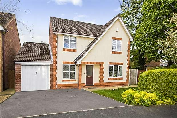 4 Bedrooms Detached House for sale in St Thomas View, Whitby, Ellesmere Port, Cheshire