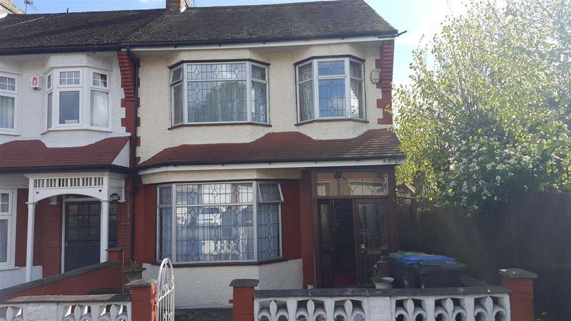 3 Bedrooms End Of Terrace House for sale in Hawthorn Avenue, Palmers Green, London N13