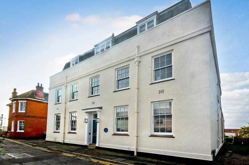 3 Bedrooms Apartment Flat for sale in Hertford Place, Aldeburgh