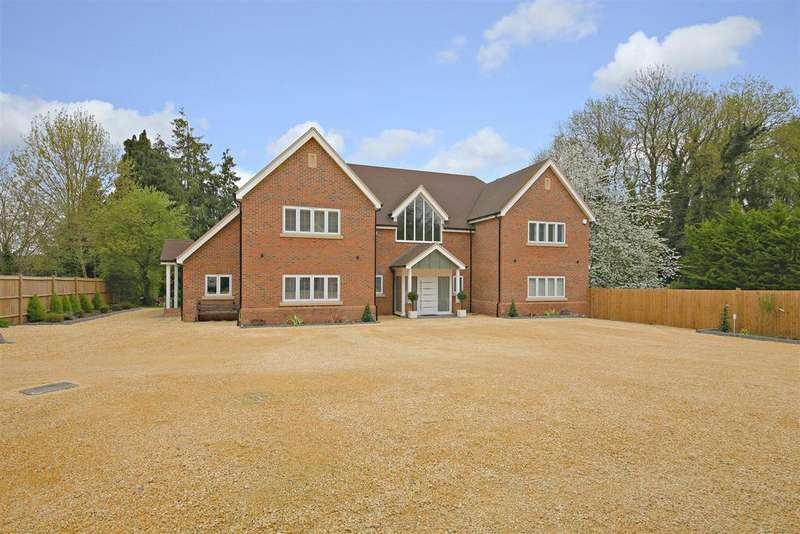 6 Bedrooms Detached House for sale in Cobden Hill, Radlett