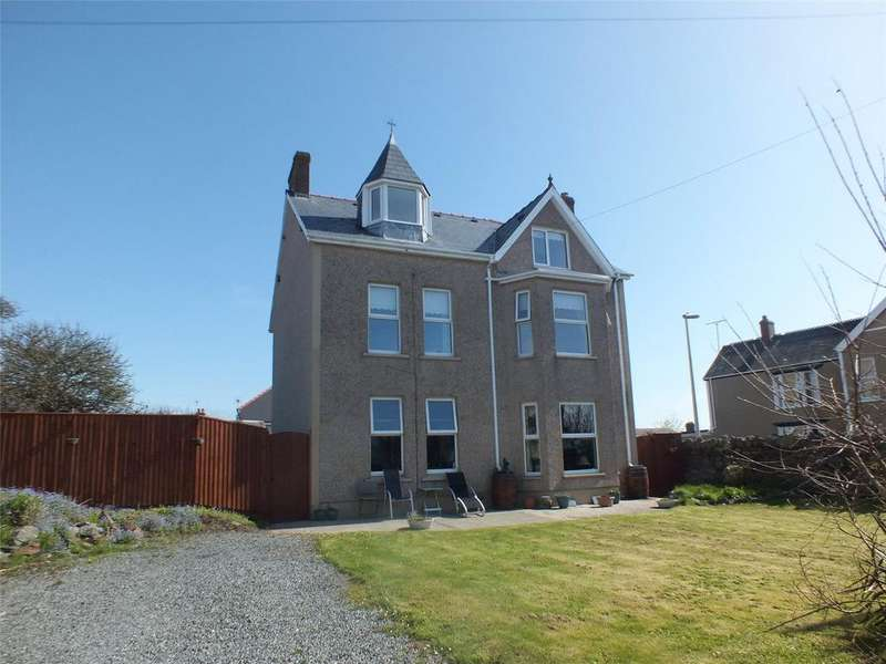 6 Bedrooms Detached House for sale in Wellington Road, Hakin, Milford Haven