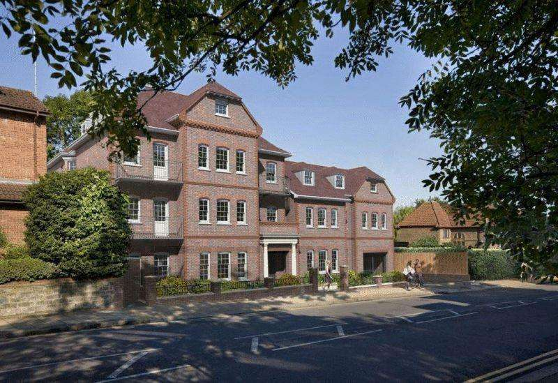 3 Bedrooms Apartment Flat for sale in Grafton Court, 983 Finchley Road, Temple Fortune, London NW11