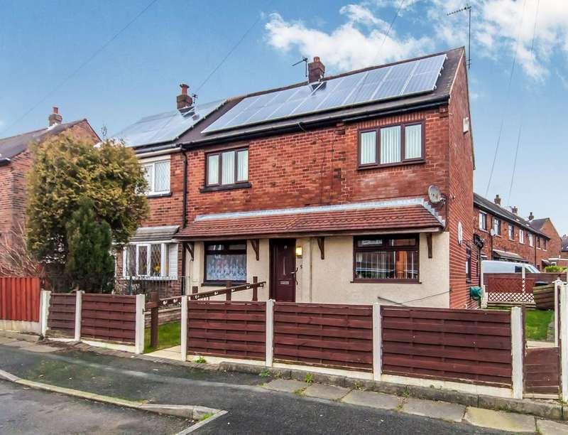 4 Bedrooms Semi Detached House for sale in Iris Avenue, Kearsley, Bolton, BL4