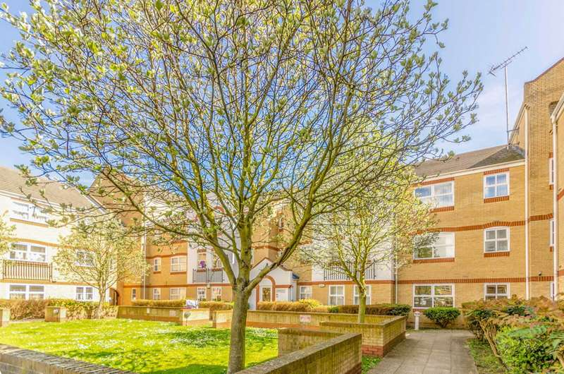 1 Bedroom Flat for sale in Angelica Drive, Beckton, E6