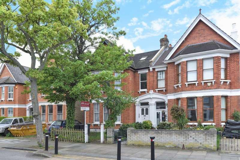 2 Bedrooms Flat for sale in Culverley Road, Catford