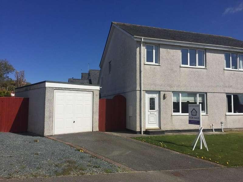 3 Bedrooms Semi Detached House for sale in Tyn Rhos Estate, Penysarn, North Wales