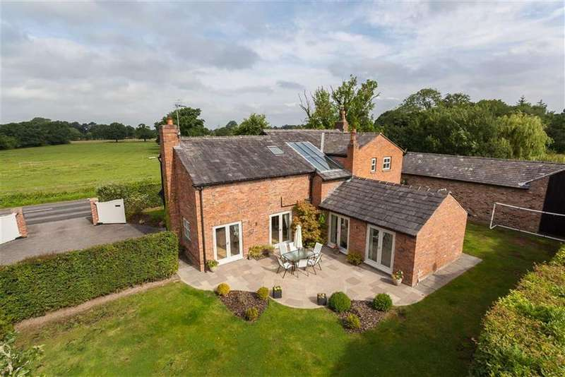 4 Bedrooms Detached House for rent in Newton Hall Lane, Mobberley