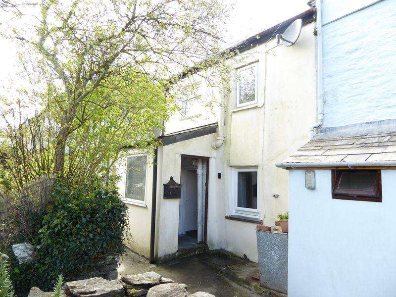 2 Bedrooms Cottage House for sale in High Street, Camelford