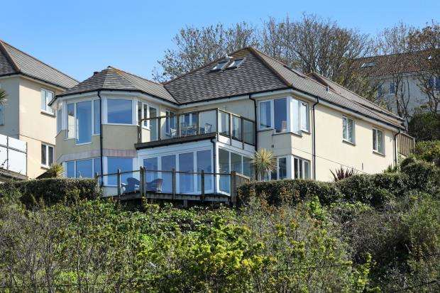 5 Bedrooms Detached House for sale in Carbis Bay, St. Ives, Cornwall
