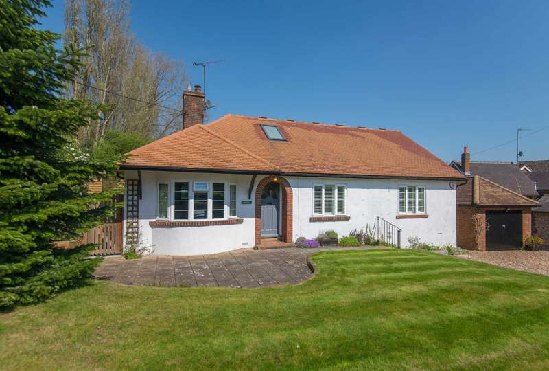 3 Bedrooms Detached House for sale in The Front, Potten End